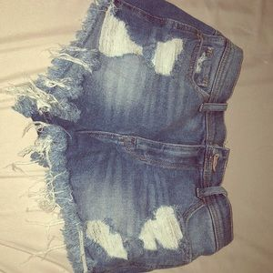 Ripped HOLLISTER jean shorts